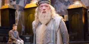 harry-potter-fans-are-freaking-out-over-a-theory-about-dumbledore-that-makes-a-lot-of-sense.jpg