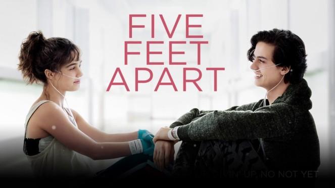 Five-Feet-Apart-promo